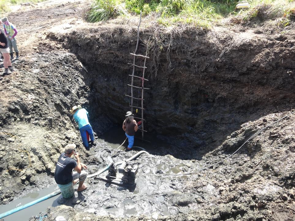 フィリピン・パラワン島での緩衝材のナチュラルアナログ調査